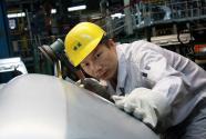 全国人大代表、神龙汽车公司职工杨祉刚:立足本职 为产业发展尽一份力