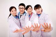 全国注册护士总数超过400万,每千人口护士数达3人,总量依然不足