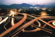 将党的政治优势转化为城市精细化治理优势