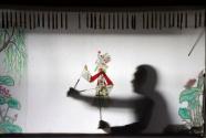 河北遷安:農民夫婦傳承皮影文化